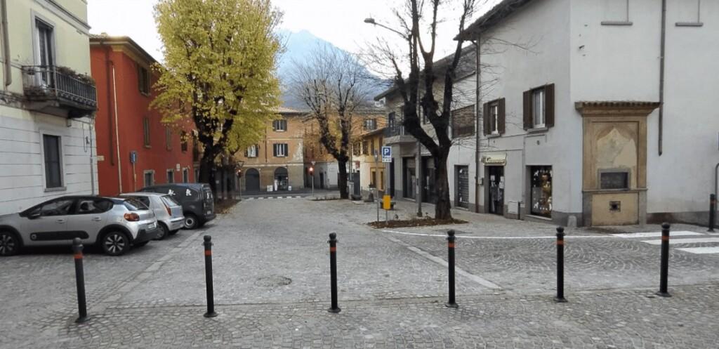 2021-01-11_PESCARENICO piazza_padre_cristoforo_2